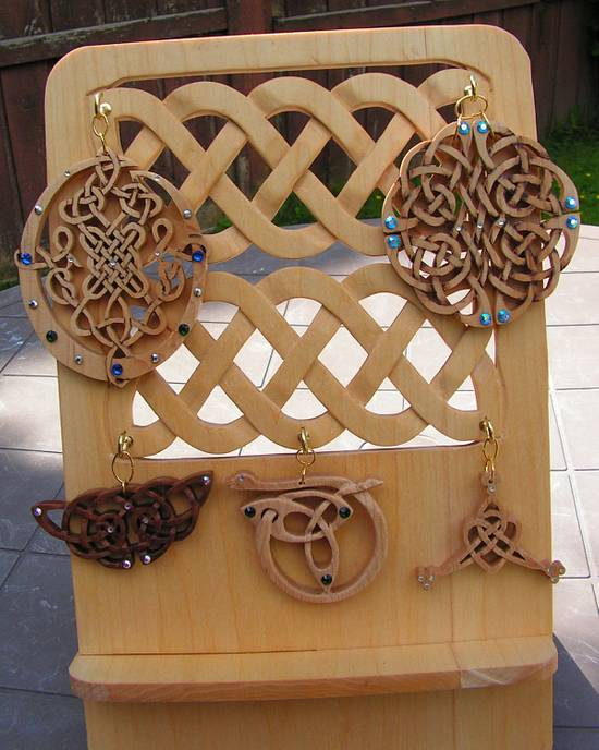 Celtic Pendants and Stand - Woodworking Project by Celticscroller