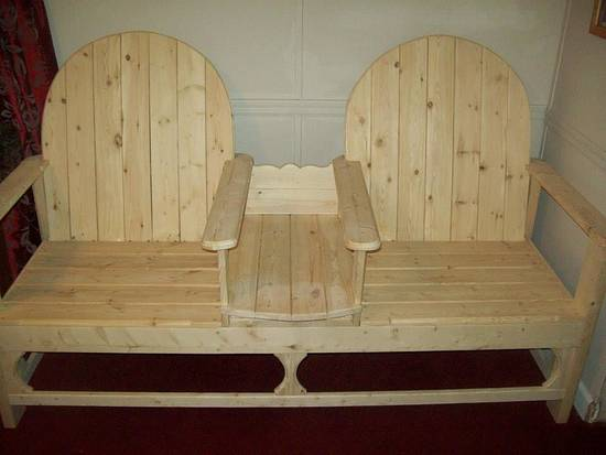 indoor or outdoor bench with table in middle - Woodworking Project by jim webster